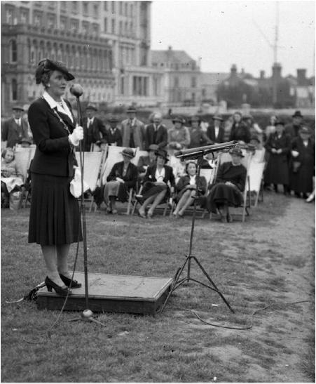 Lady Nancy Astor, Plymouth Hoe ,1941